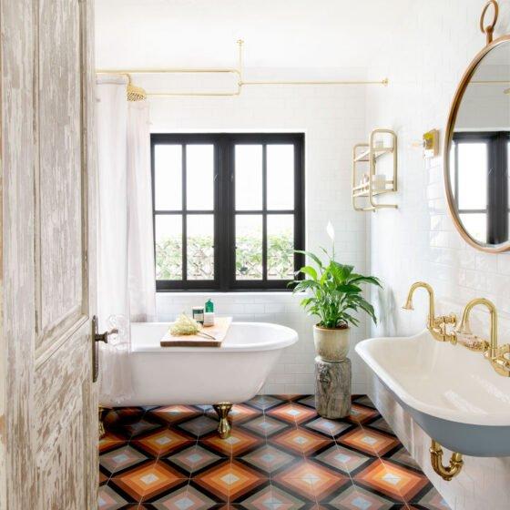 Manhattan Beach bathroom