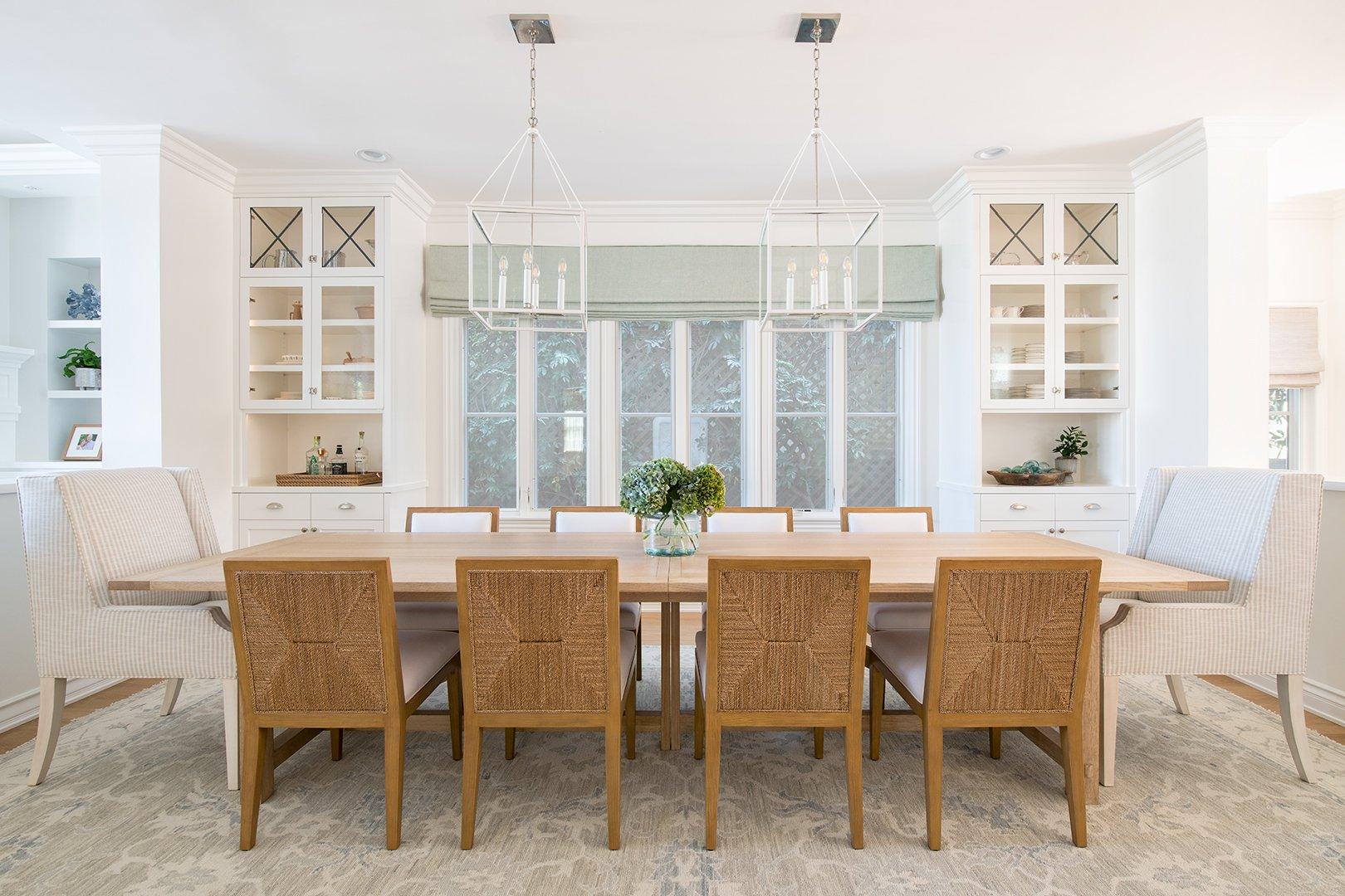 family beach house dining room